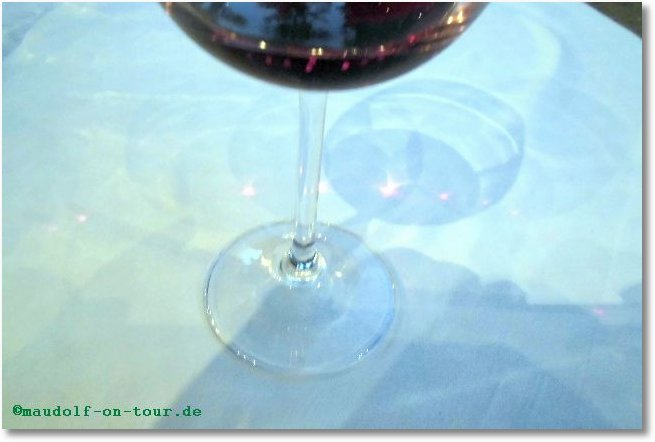 2014 09 23 Kovacine 14 Rotwein mit Sternen