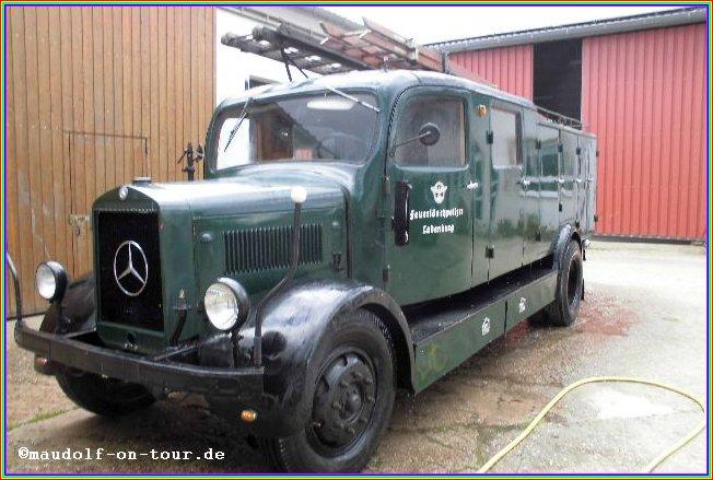2015-05-05 Feuerwehroldtimer 01-1942