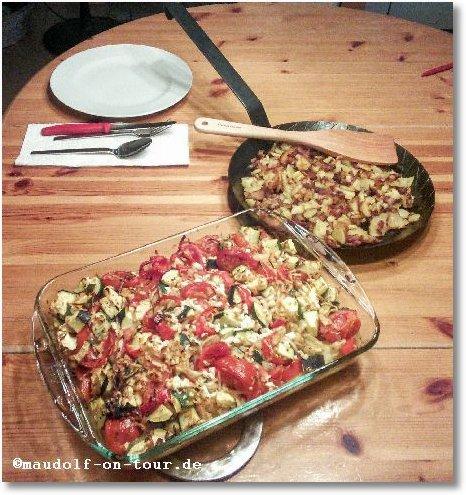 2015-07-19 Backofengemüse auf Schafskäse dazu Bratkartoffel mit Speck 1