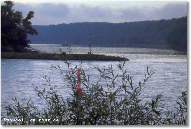 2015-08-28 Geisterschiff im Dunst