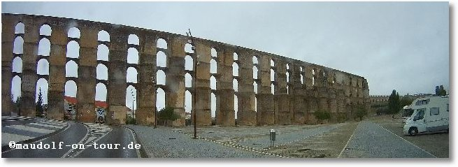 2015-10-10 Viadukt Stellplatz Elvas 1
