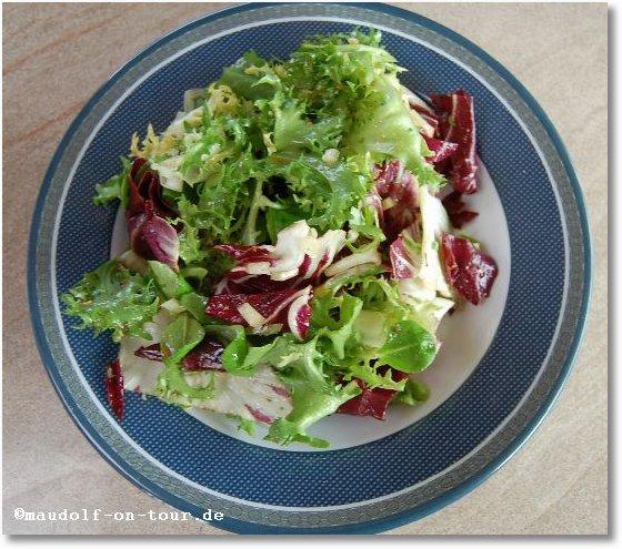 2015-10-13 Pego do Altar Salatteller