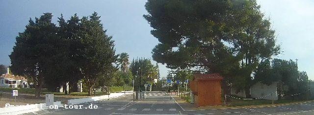 2015-12-10 Pedras d'el Rei Ausfahrt aus Parkplatz