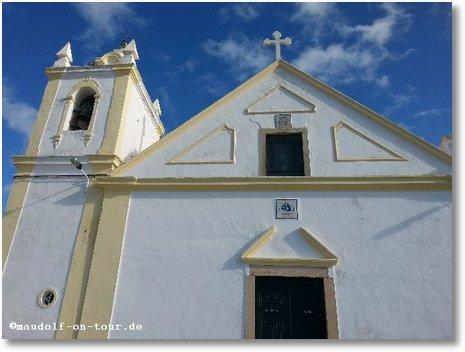 2015-12-30 Ferragudo Kirche 01