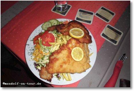 2016-03-14 Schnitzelessen Zum Hirsch Teller 1