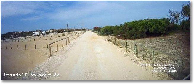 2016-10-18 Praia do Osso da Baleia Parkplatz