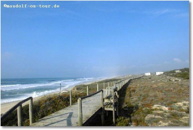 2016-10-20 Strand nahe M Steg mich Sicht WoMo und Meer