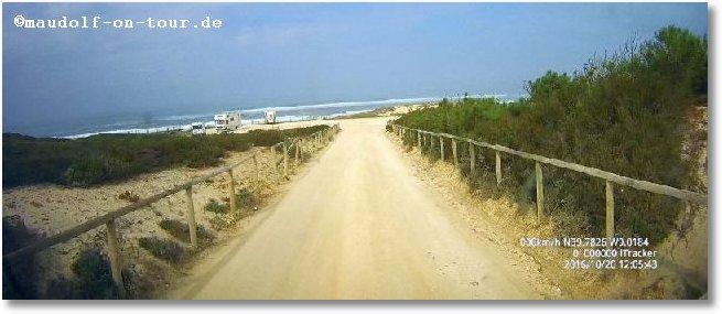 2016-10-20 Zufahrt Praia das Pedras Negra 1
