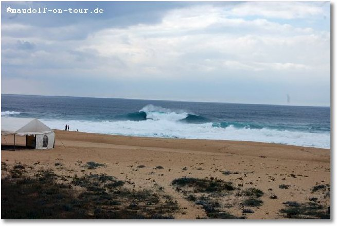 2016-10-22 Nazare Praia do Norte Wellen 03