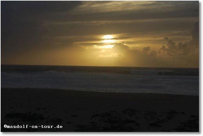 2016-10-23 Meer Beginn Sonnenuntergang 1