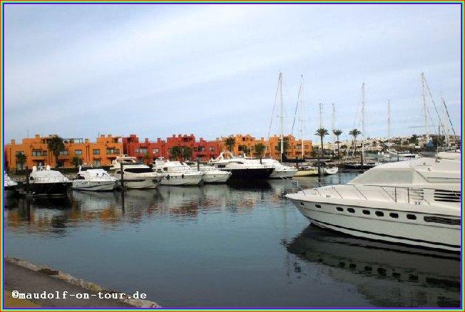 2016-11-11 Yachthafen Spaziergang 1