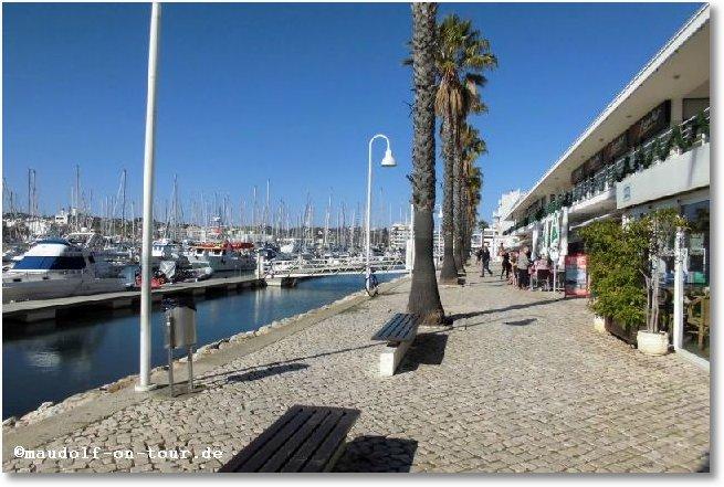 2016-12-25 Spaziergang Hafen Lagos 5