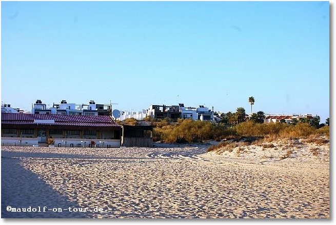 2017-10-29 Strand Manta Rota
