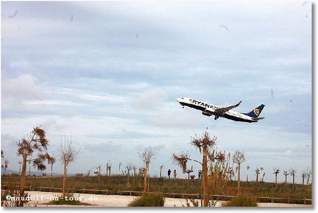2017-11-25 Faro Ryanair 1