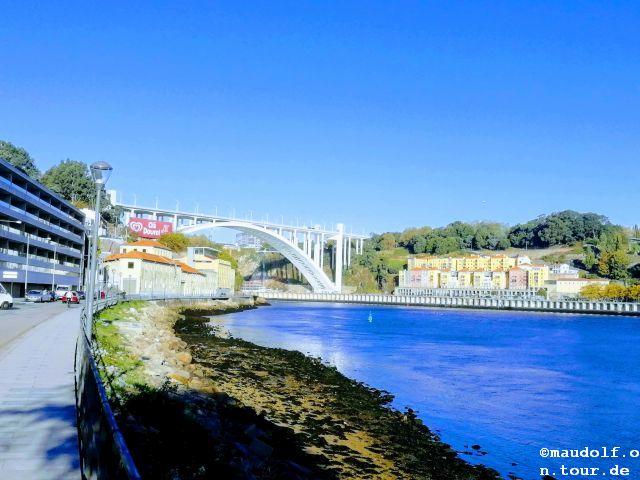 2018-10-27 Porto Brücke