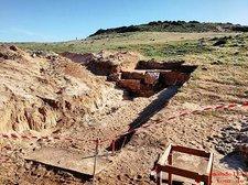 2019-04-12 Ausgrabungen Praia da Roca 3